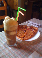 Cream Soda Float & Pizza | by mrclean