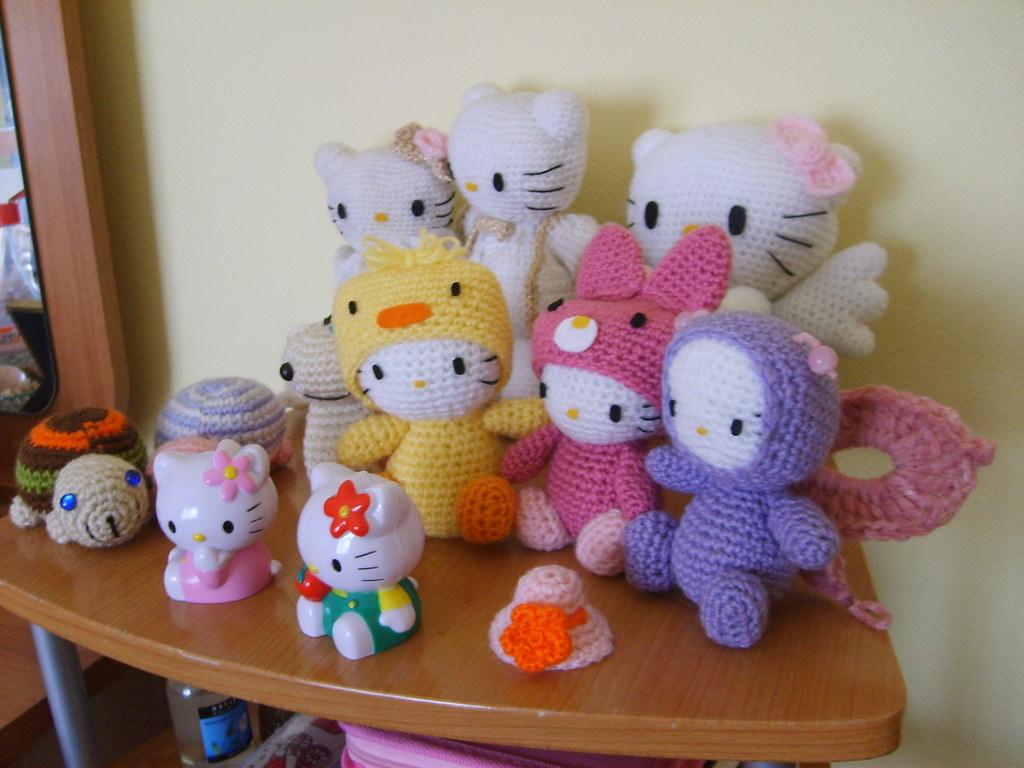 Hello Kitty Amigurumi Ohje Suomeksi : Hello Kitty and other Amigurumi friends Flickr