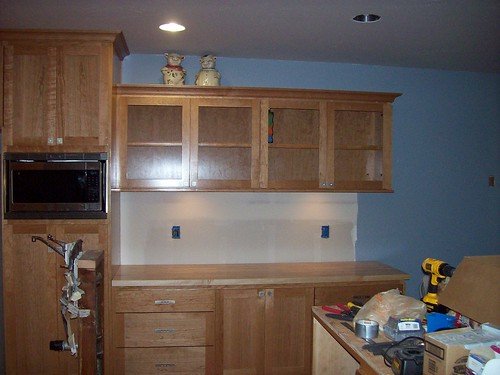 Kitchen Cabinet Lights How To Change Bulb