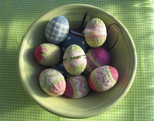bowl of knitted easter eggs | by littlecottonrabbits
