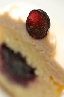 grape cupcake cross section | by chockylit