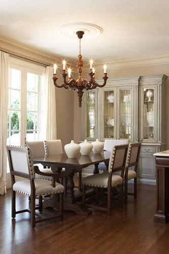 Classic beauty flickr photo sharing for Beautiful small dining rooms