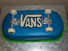 Skateboard Cake | by Out of This World Cakes & Cupcakes