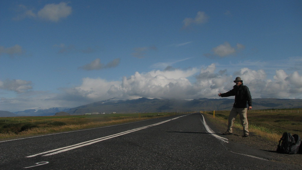 hitchhiking in iceland