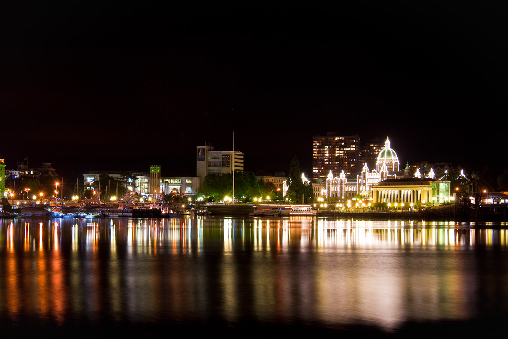 Night view of Victoria