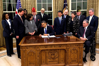 Signing an executive order on the Employment of Veterans in the Federal Government | by The U.S. Army