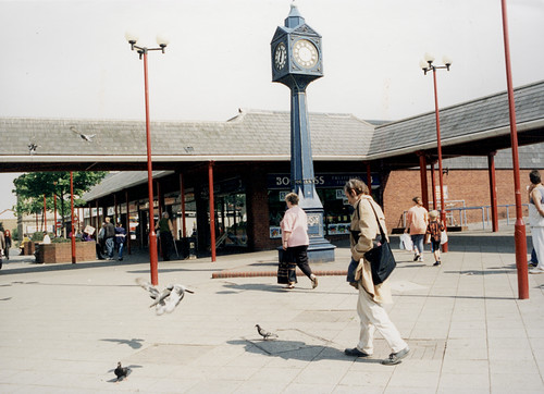 063378:Shopping Centre Byker Maybury Malcolm 1996