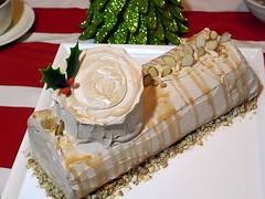 Yule Log Cake | by bittle