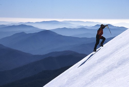 Climbing Mount Feathertop | by earthkath