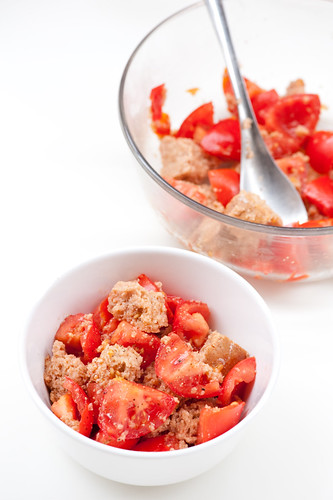 tomato & bread salad | recipe at stonesoup small bowl ot tom ...