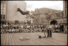 #19 Acrobats ~ Namur