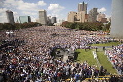 20081018_St.Louis_MO_ArchRally0158.jpg | by Barack Obama