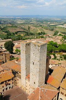 View out of San Gimignano | by Trondelarius