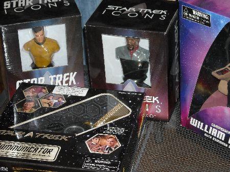 Windy City Comicon - Obligatory Star Trek Merchandise