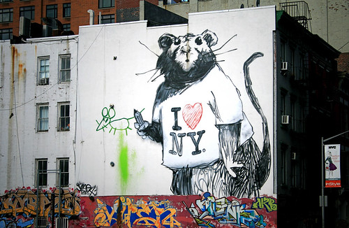 New banksy rat mural in new york this banksy rat mural for Banksy rat mural