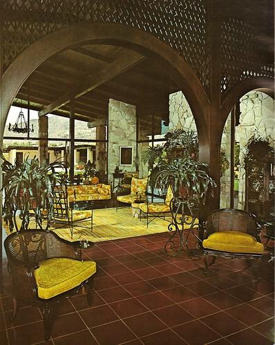 1970s architectural digest scottsdale az home katie for Architecture kitsch