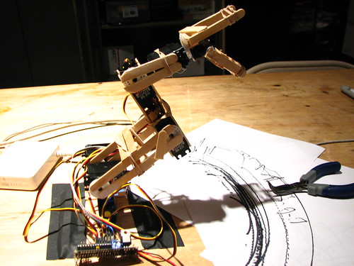 DIY Robotic arm | by ericskiff