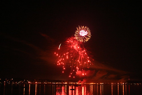 Fireworks 08 | by Jennifer Lynn Photos & Design