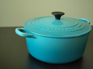 Le Creuset : Carribean Blue | by kanattie