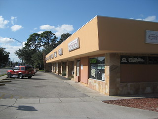 Unnamed strip mall, Vero Beach | by sylvar
