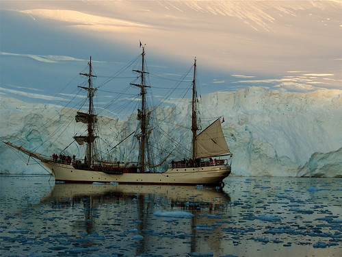 Antarctica Sailing Trip | by 23am.com