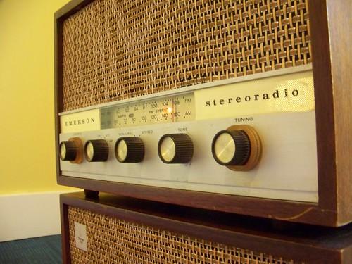 emerson vintage radio 501