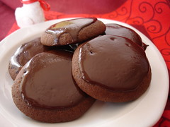 Chocolate coated cookies / Cookies com cobertura de chocolate | by Patricia Scarpin