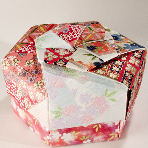 decorative hexagonal origami gift box with lid 08 flickr. Black Bedroom Furniture Sets. Home Design Ideas
