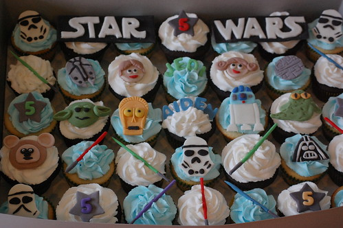 Star Wars Cupcakes | by spoolsisters