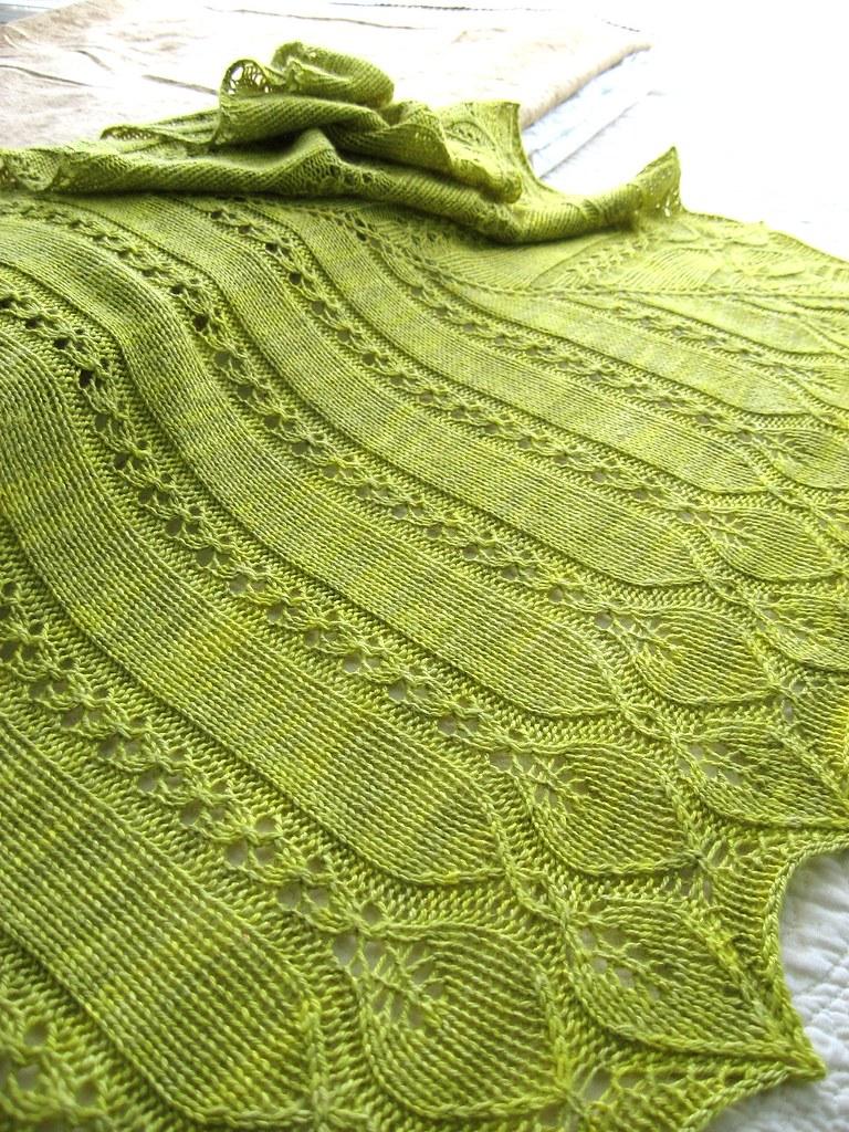 Willow Leaf Knitting Pattern : Verdaia Shawl Flickr - Photo Sharing!