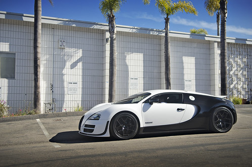 bugatti veyron pur blanc white black bugatti veyron pur bl flickr. Black Bedroom Furniture Sets. Home Design Ideas