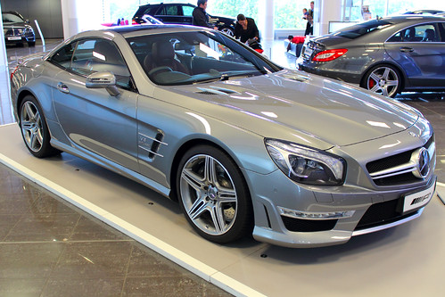 Mercedes benz sl 63 amg v8 biturbo the mercedes benz sl for Mercedes benz amg v8 biturbo