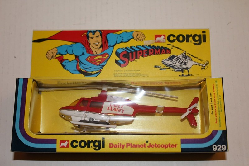 superman_corgi_helicopter
