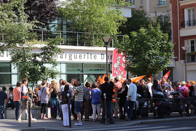 Grève des bibliothécaires parisiens - Bibliothèque Marguerite Duras