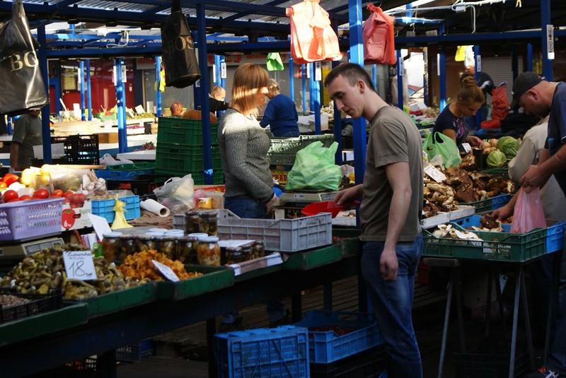 Sur le marché du stary Kleparz à Cracovie.