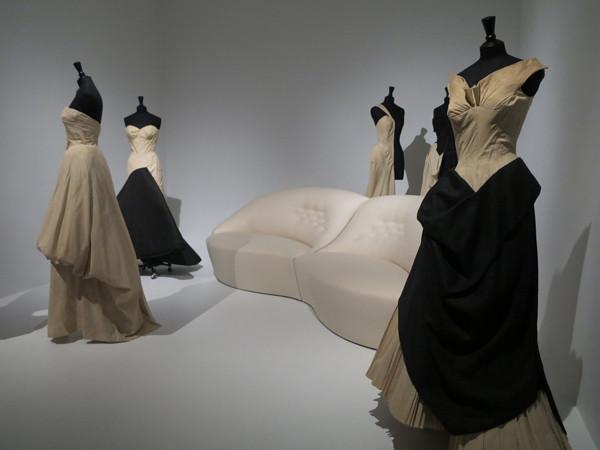 THE METROPOLITAN MUSEUM OF ART, IMAGES FROM THE CHARLES JAMES BEYOND FASHION COLLECTION, 2014