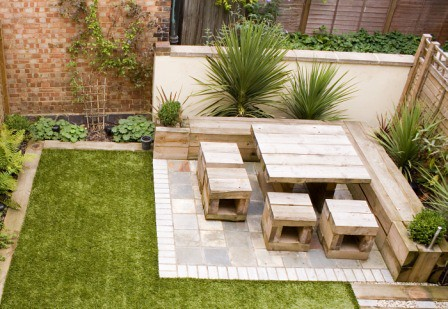 The 39 low maintenance garden 39 garden by earth designs www for Earth designs landscaping