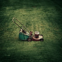 Vintage / Retro / Lawnmower / Grass | by ►CubaGallery
