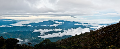 Kinabalu Mountain Range | Clarence | Flickr