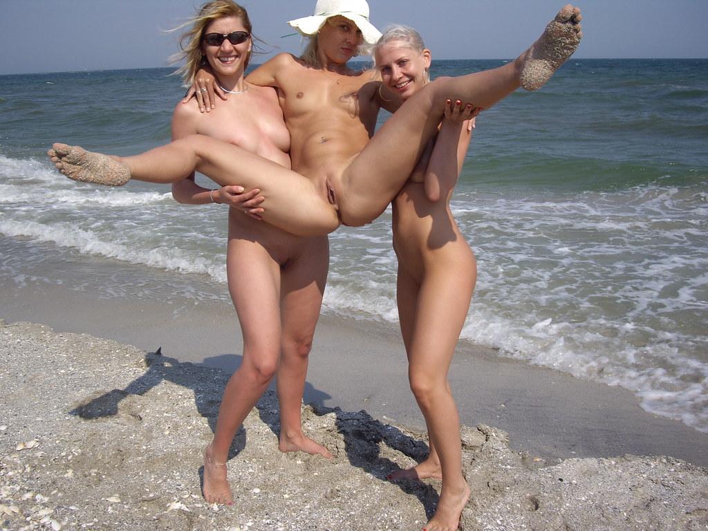 nudi-golie-na-ulitse-sochi