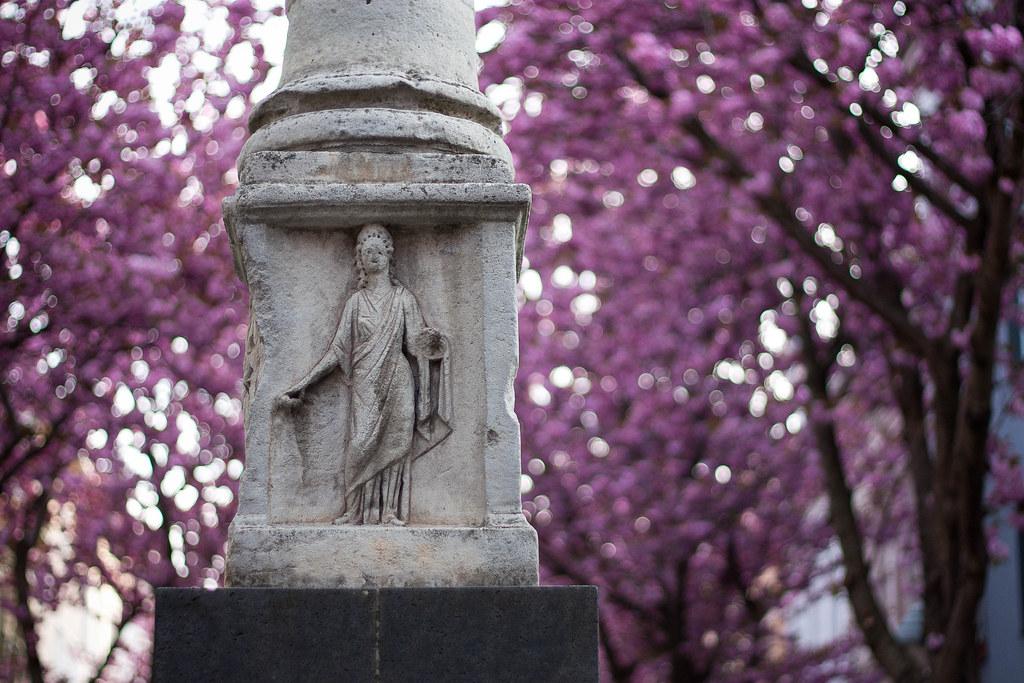 Bonn, Altstadt, Kirchblüten, Statue