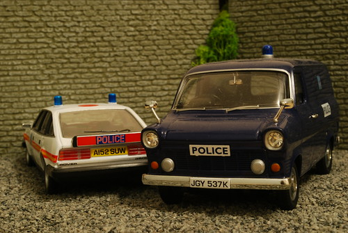 Metropolitan Police Rover SD1 and Ford Transit 1:43 | by littlesthobo1