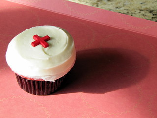 Red Cross Red Velvet cupcake - Sprinkles Cupcakes in Dallas TX January 2010 | by David Berkowitz