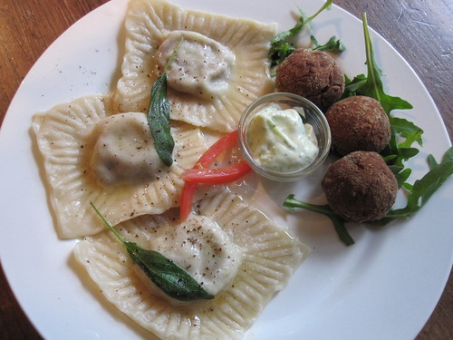 """Tortelloni"" - Really just Ravioli 