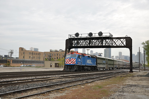 METX 210 Under the ex-PRR Signal Bridge | by vxla