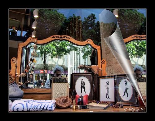 Miroir mon beau miroir dis moi mamasuco flickr for Miroir mon beau miroir dis moi