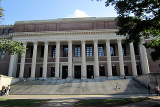 Cambridge - Harvard Square: Harvard University - Widener Libary | by wallyg