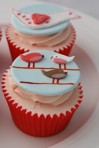 Scandinavian Inspired cupcakes | by The Clever Little Cupcake Company