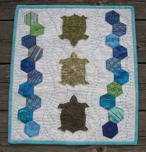 finished! turtle/hexagon quilt for DQS9 | by vickivictoria