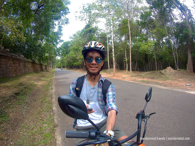 E-biking in Angkor Archaeological Park Siem Reap